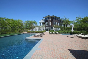 Water Mill Compound With Endless Views