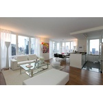 No Fee 2 Beds /2 Baths in Luxury Amenity Filled Lincoln Square Building/W/D in Unit