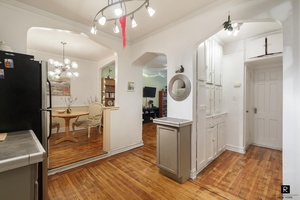 Incredibly spacious apartment available in Prospect Lefferts Gardens.