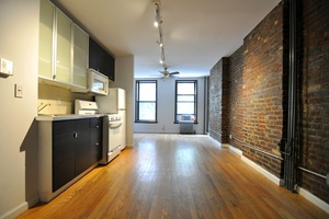 NO FEE & 3 Months Free! Beautiful 1 Bedroom Apartment in the heart of NoLita!