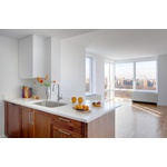 Corner Penthouse 3bed/3 bath Luxury, No fee Apartment in the Upper East Side Steps from Central Park