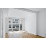 No Fee, Studio in Amenity Filled Midtown South Building