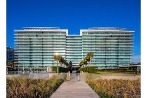 Miami Luxury Beachfront Condo Unit with Breathtaking Ocean Views