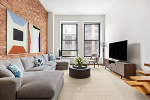 Exciting opportunity to own a chic and dramatic 1, 000 square foot, one bedroom, plus large loft space in one of downtown s largest and most sought after buildings this ...