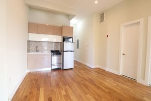 Newly Renovated Three Bedroom 1.5 Bath in Crown Heights