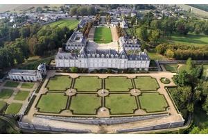 Magnificent 17th-Century Chateau de Menars in France's Loire Valley