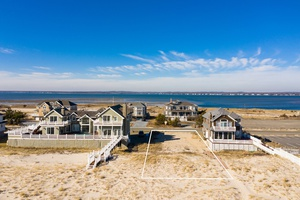 HAMPTONS OCEANFRONT LIFESTYLE BUILD YOUR DREAM HOME