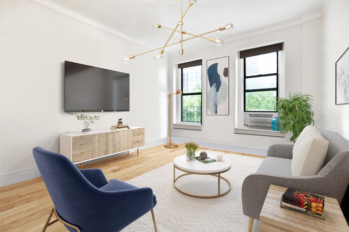 Newly Listed!!  Beautiful One Bedroom apt,  in heart of Gramercy Park.