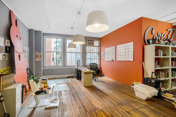 classic SoHo office loft for rent : priced to move : unique, historic, useful, creative space : large west facing windows