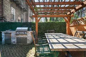 A modern Classic 2 Bedrooms | 2 Bathrooms in Uptown Hoboken