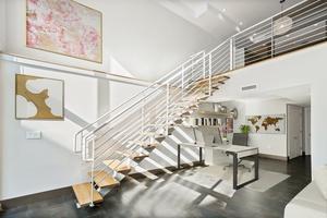 2 Bedroom Duplex Loft 16' Ceilings  with 800sf Outdoor