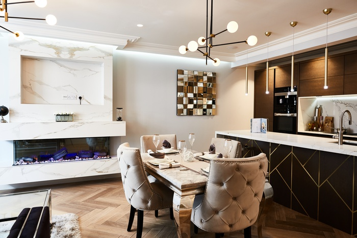 A newly refurbished two-bedroom, two-bathroom, rare private garden maisonette in the desirable area of Chelsea. The perfect place in London for someone who wants to feel Made in Chelsea.