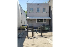 1 Family with 2 Car Parking in Highly Sought After Heights area of Jersey City