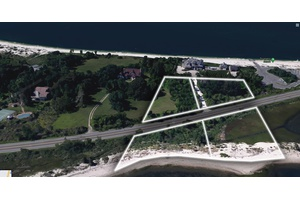 Amazing Waterfront Property with Incredible Views in East Marion