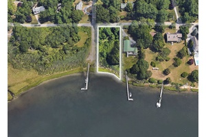 Amazing Opportunity in Shelter Island on West Neck Bay!