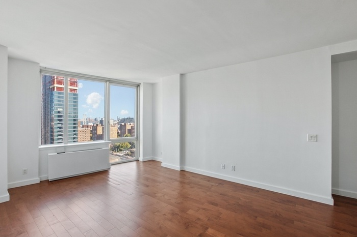NO FEE! Huge Brooklyn 1 Bedroom City Views and in Unit W/D