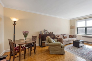 Dunolly Gardens – Impeccable One Bedroom in Mint Condition!