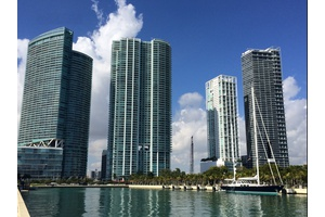 Miami   Downtown   Waterfront   Short and Long Term   1 bed 1.5 bath