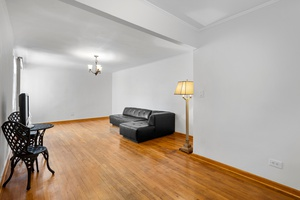 Lovely, Sleek, Open-Spaced One Bedroom!