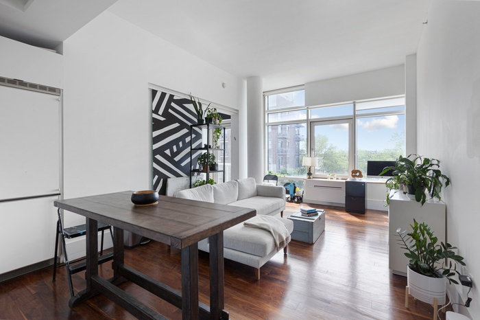 LOFTY MODERN DREAM WITH OUTDOOR SPACE IN LIC