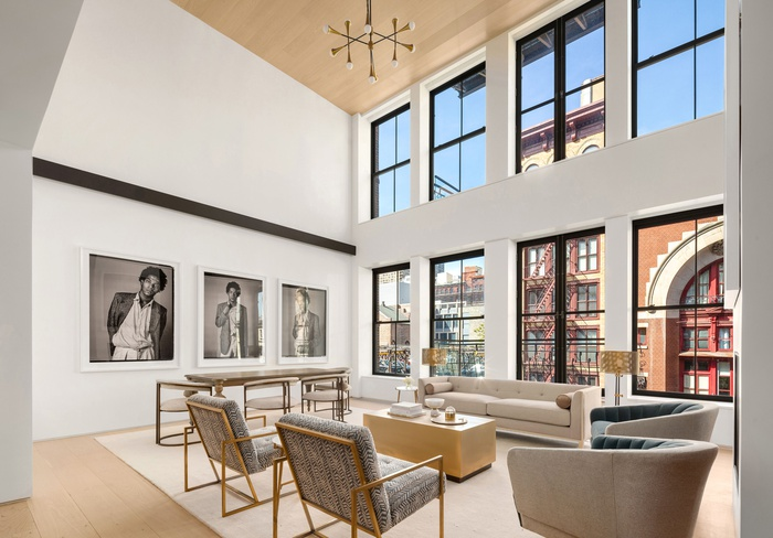41 GREAT JONES  | THE DUPLEX  | EPITOME OF DOWNTOWN CHIC LIVING