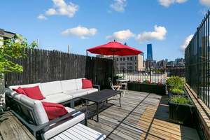 Massive Chelsea 2 Bed Duplex with Private Outdoor Roof Deck